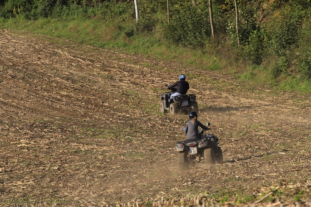 Quad Tour Straubing across the field